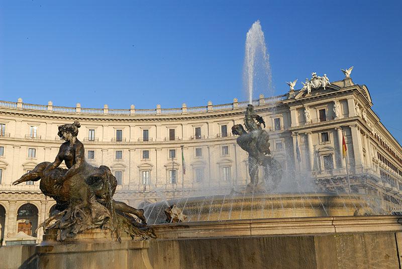 119 Republica Fountain 1.jpg
