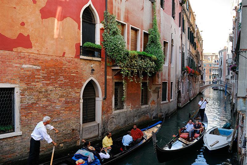138 Gondola ride 2.jpg