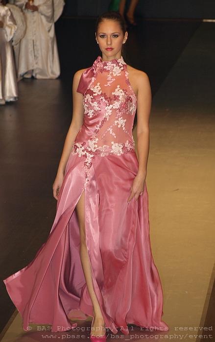 Alexandra Poiana<br>Bucharest Fashion Week 2008<br>Oans by Oana Savescu