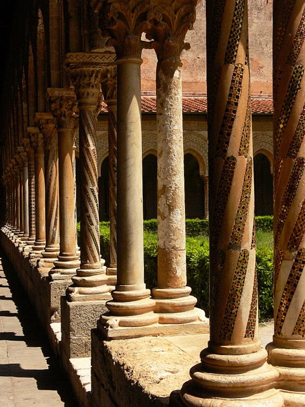 double colonnade