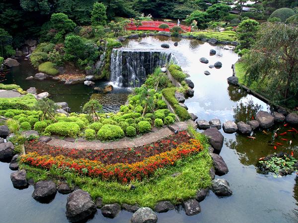 Koi Pond/Garden of New Otani Hotel