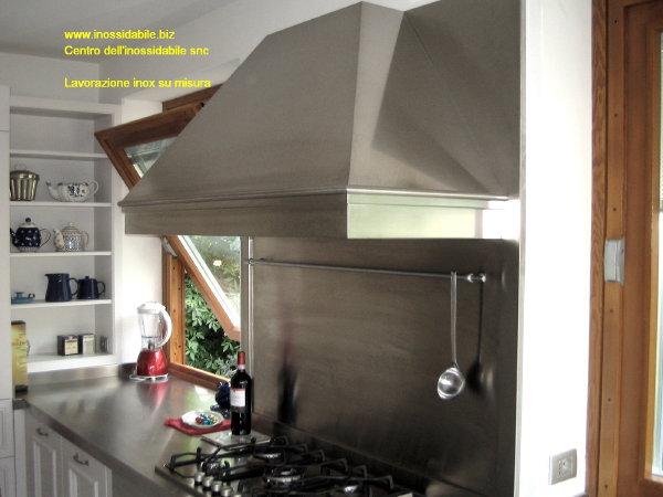 cappa su nisura in acciaio inox per arredamento cucina photo ...