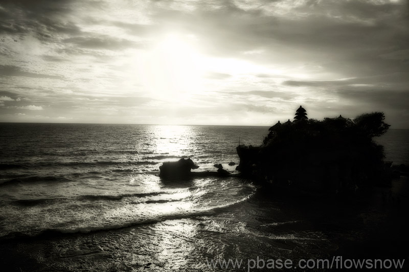 Almost Sunset: Tanah Lot