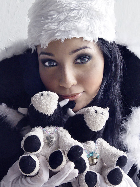 Tu-Cows In Love