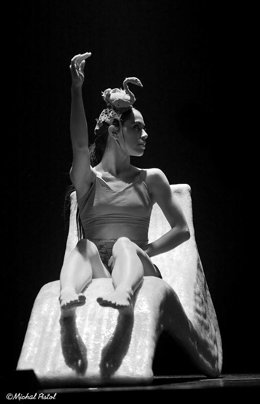 T.A + Ballet-2433 bw.jpg