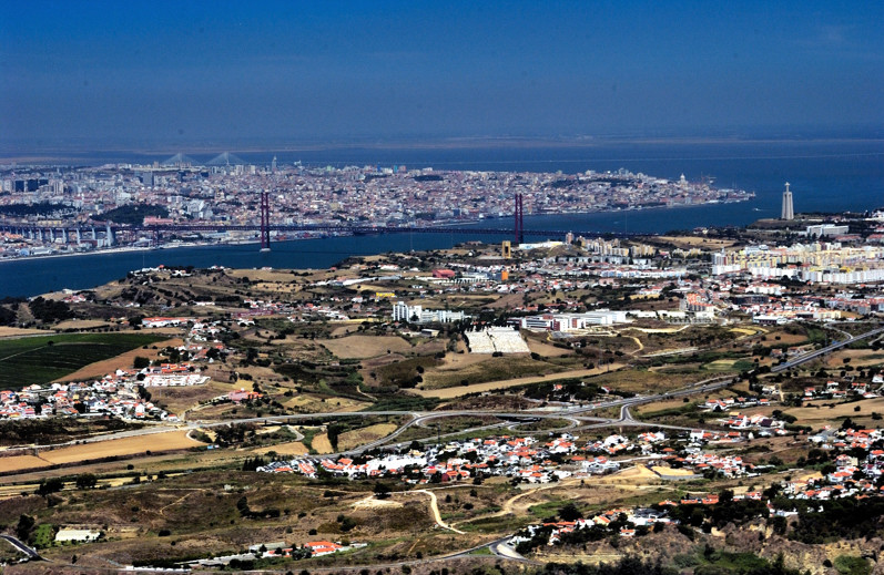 Lisbon Ahead