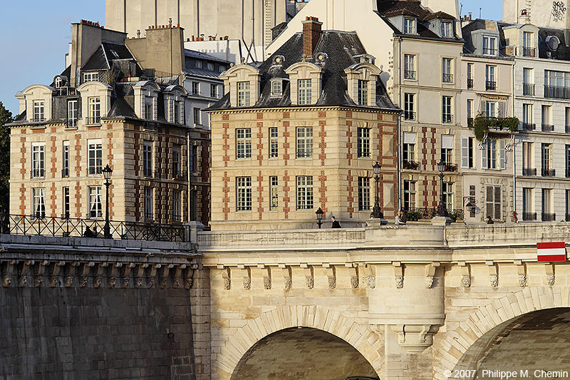 Pont Neuf  et maisons de la place Dauphine