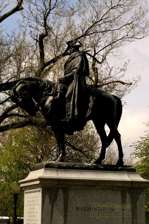 George Washington statue in Kansas City, Missouri