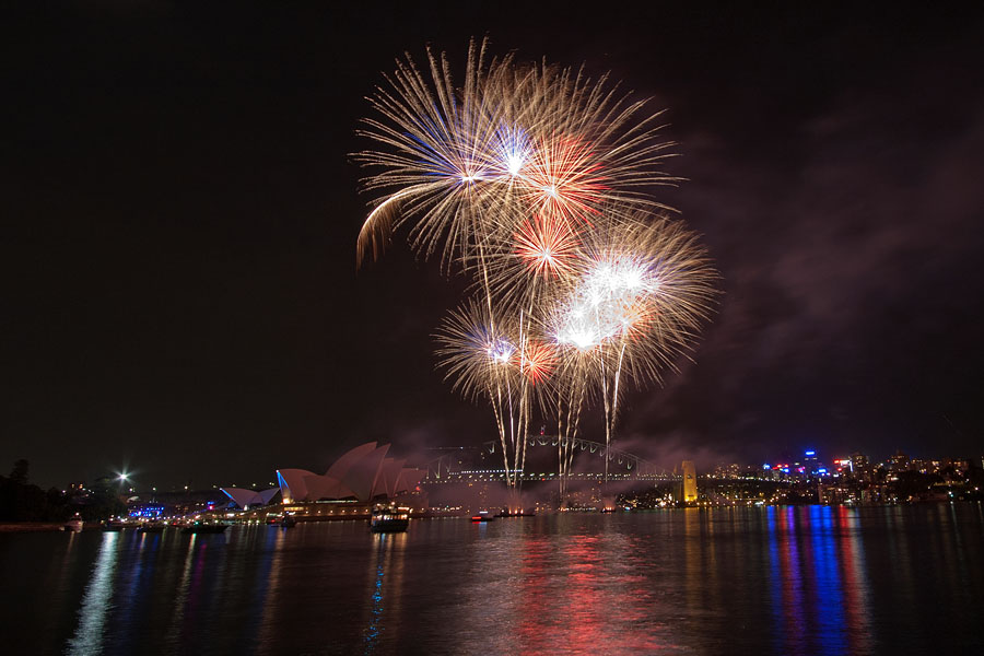 Fireworks at the Opera House and Harbour Bridge
