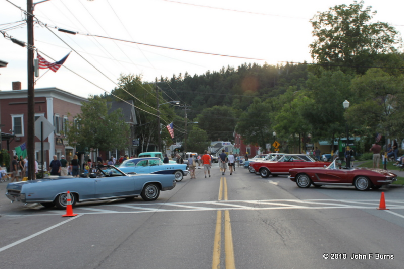 Stowe Village Saturday Night Block Party