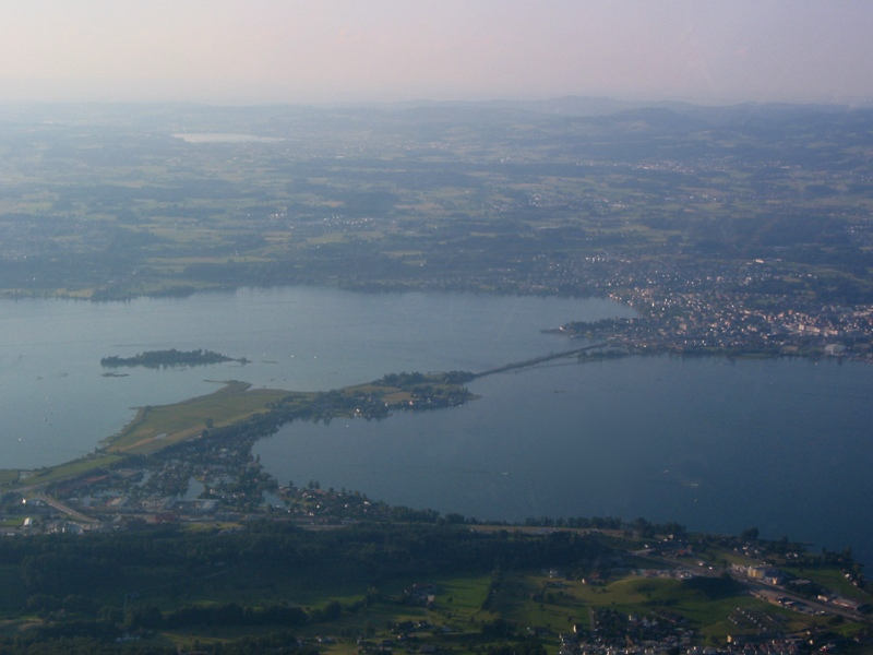 Crossing the lake toward Rapperswil