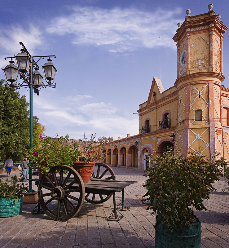 Castillo/Casas Reales