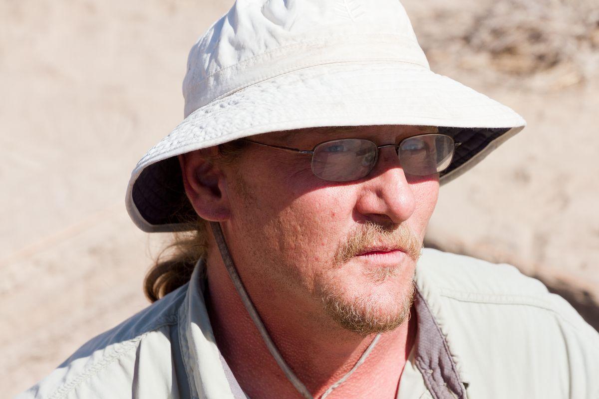 Bob De Bry - crew chief