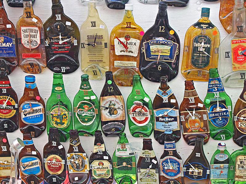 P7161627_melted bottle clocks2.jpg