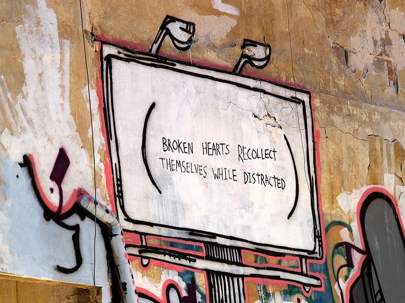broken hearts sign.JPG