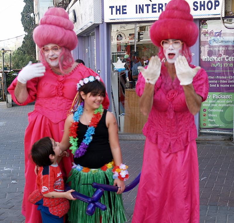 red ladies.JPG
