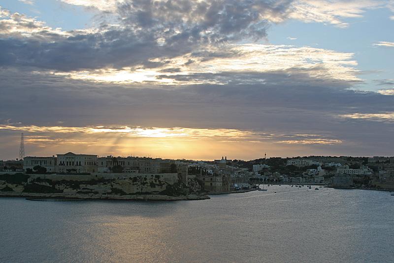 Valleta 12