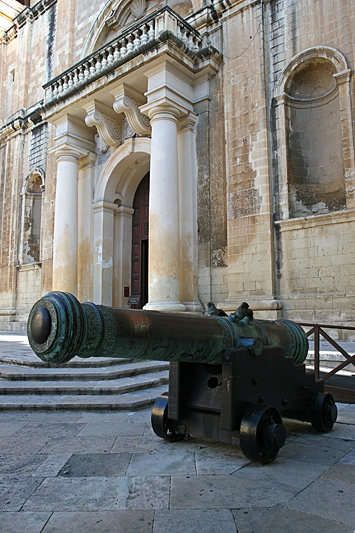 Valleta 27