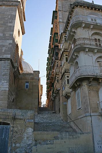 Valleta 48