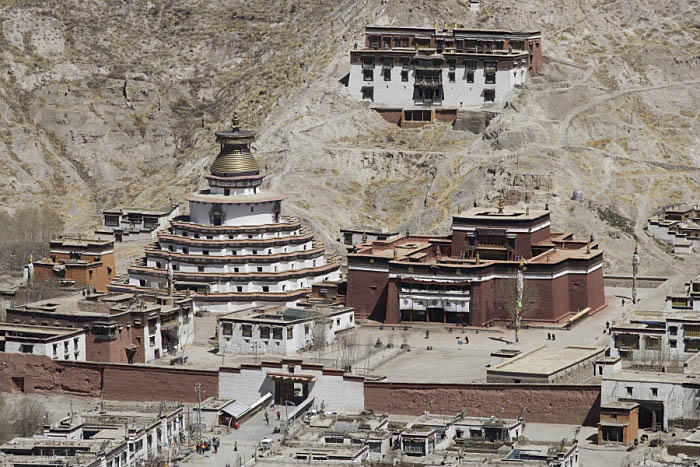 Pelkor Chôde Monastery view from Dzong