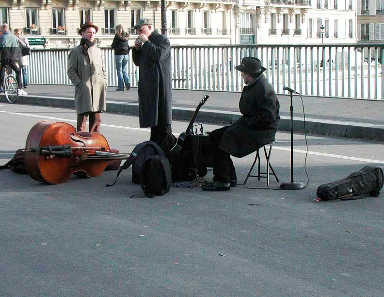 ParisStreetMusicians.jpg