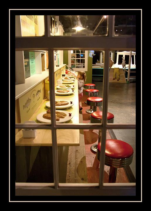 Norah at the diner