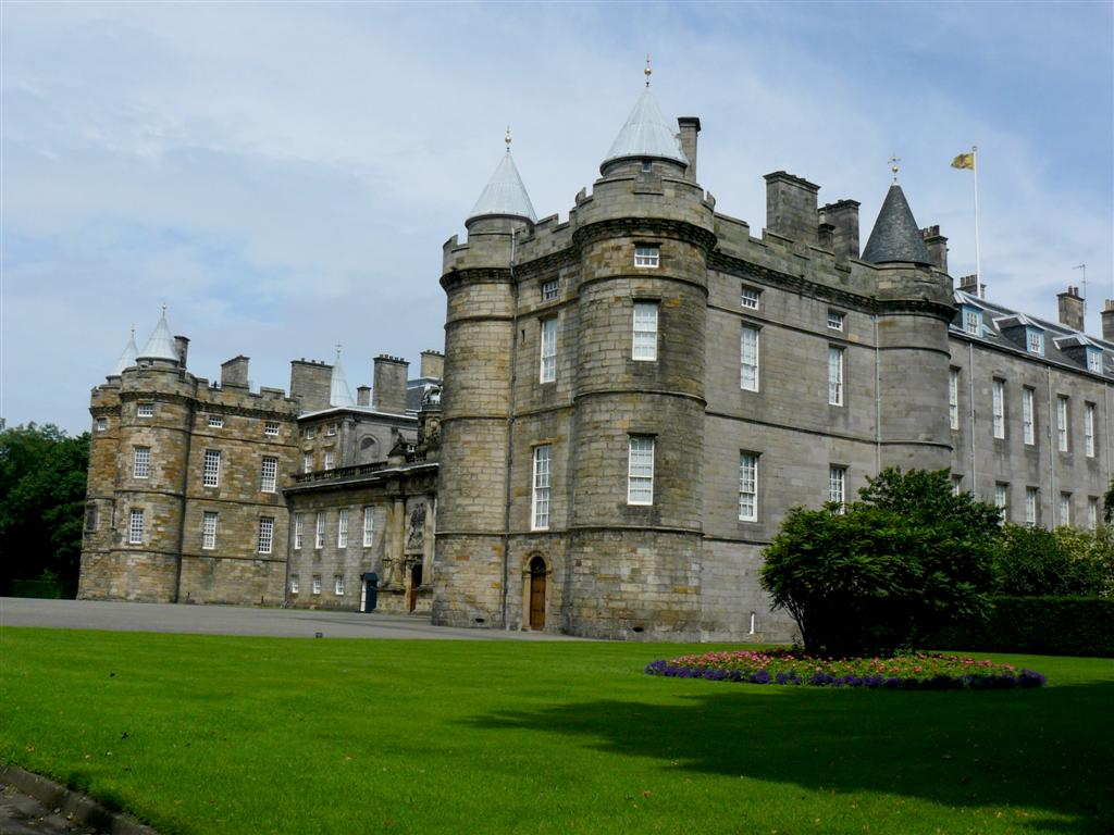 290 Holyrood Palace.JPG