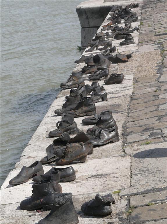 356 Shoe memorial.jpg