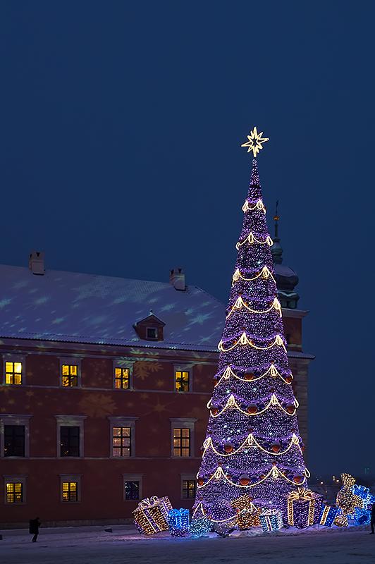 Castle Square Christmas Tree