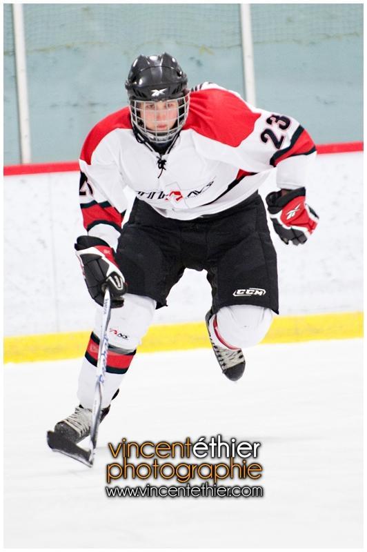 VE1101154-0047-hockey AA.jpg