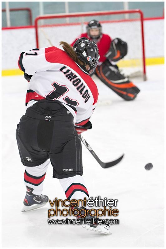 VE1101154-0065-hockey AA.jpg