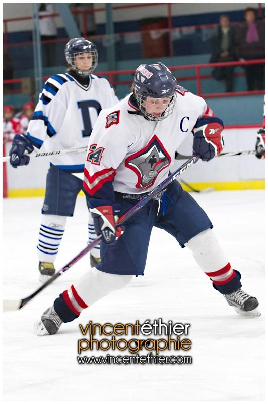 VE1101154-0066-hockey AA.jpg