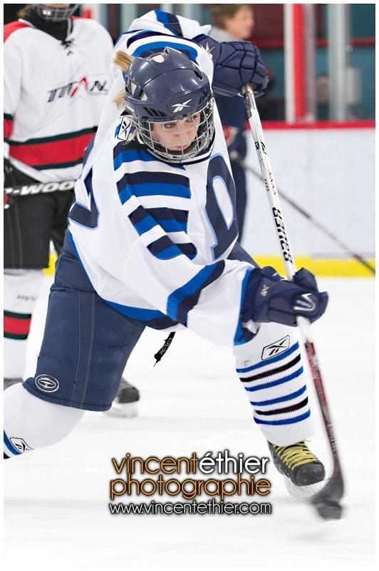 VE1101154-0067-hockey AA.jpg