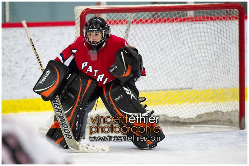VE1101154-0118-hockey AA.jpg