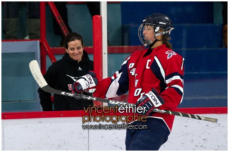 VE1101154-0135-hockey AA.jpg