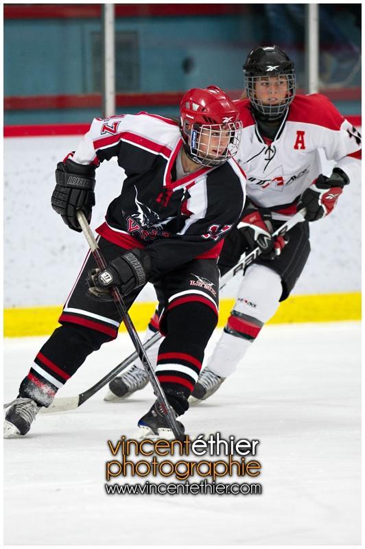 VE1101154-0147-hockey AA.jpg