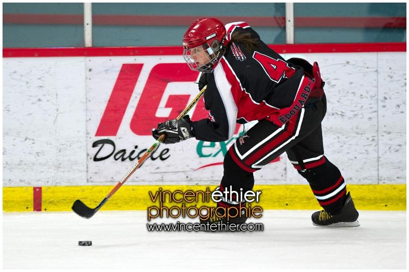VE1101154-0216-hockey AA.jpg