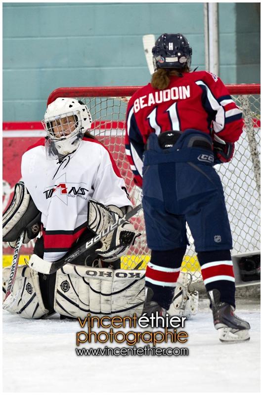 VE1101154-0236-hockey AA.jpg