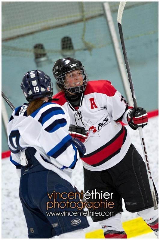 VE1101154-0247-hockey AA.jpg
