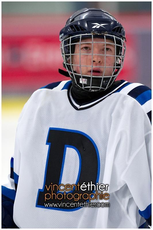 VE1101154-0258-hockey AA.jpg