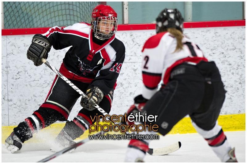 VE1101154-0270-hockey AA.jpg