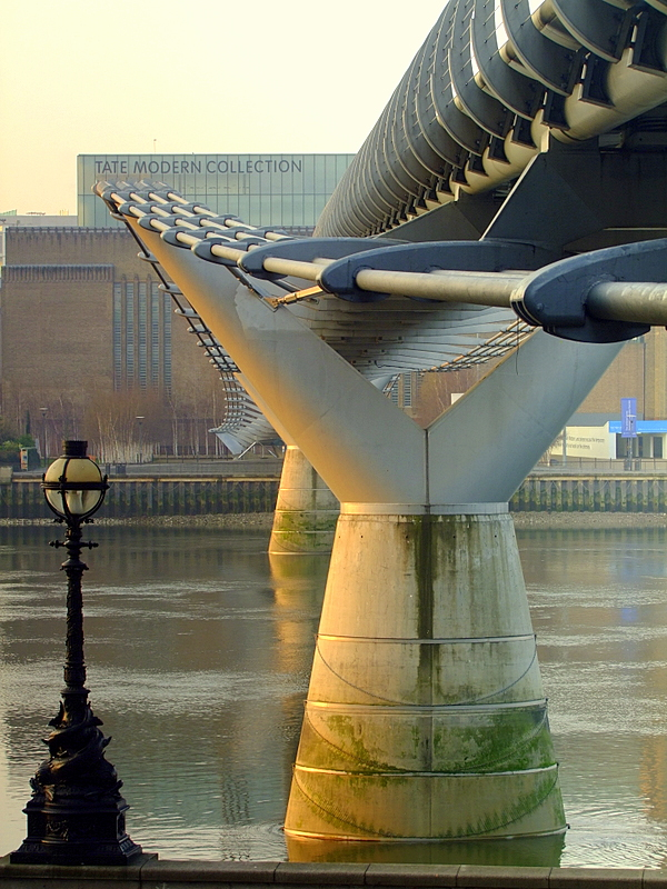 Millenium Bridge in the sunrise