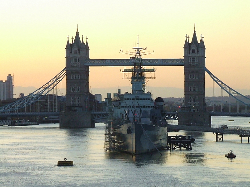 Tower Bridge and HMS Belfast in the dawn.