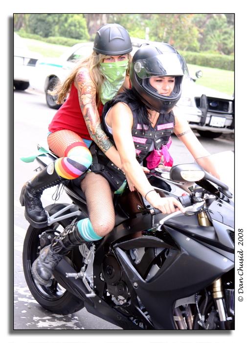 Motorcyclin