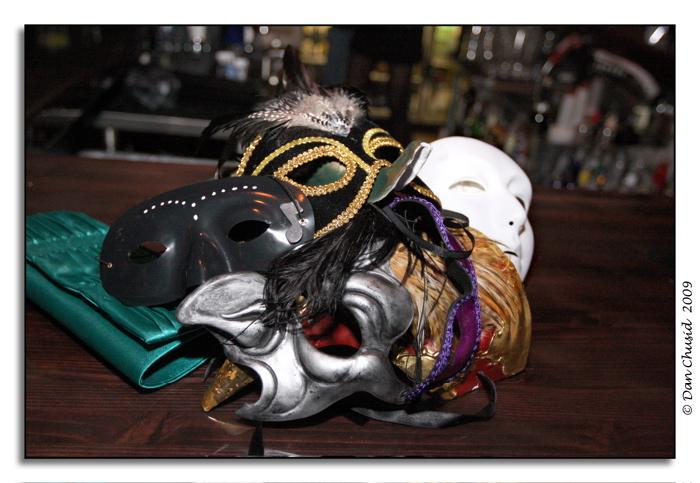 Mask-erade