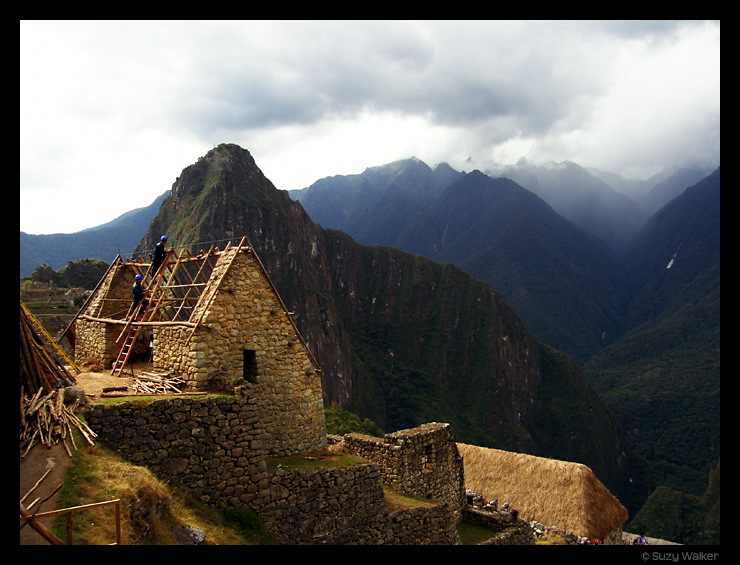 Re-thatching, Machu Picchu
