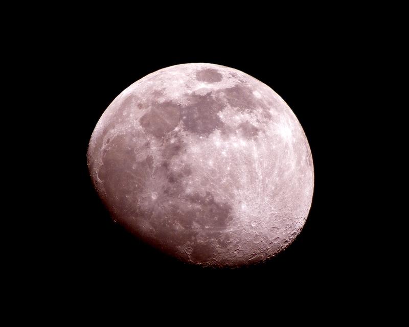 Moon_March_21_2005.jpg