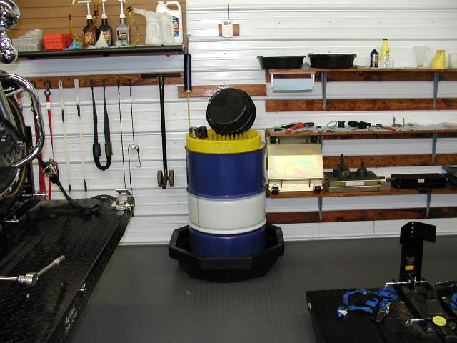 208 Lt barrel for used oil disposal.JPG