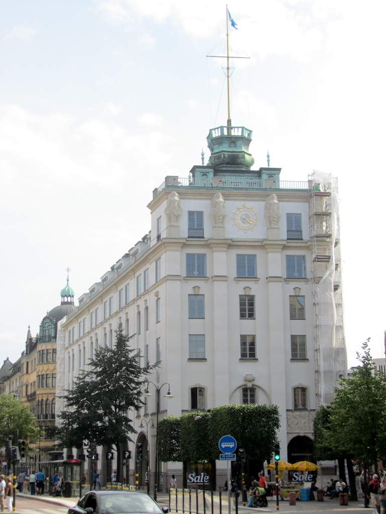 the nautical theme is evident in several of the buildings around town