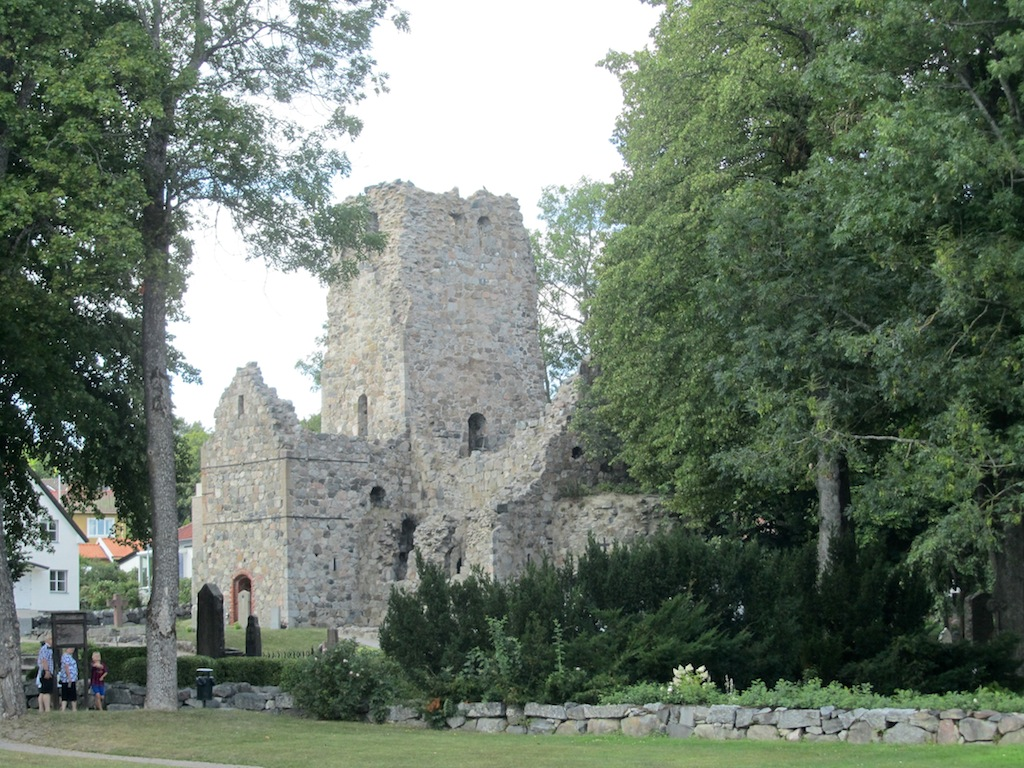 visible structures date from before the 16th-c., but the city is Swedens first, originating in the 10th-c.